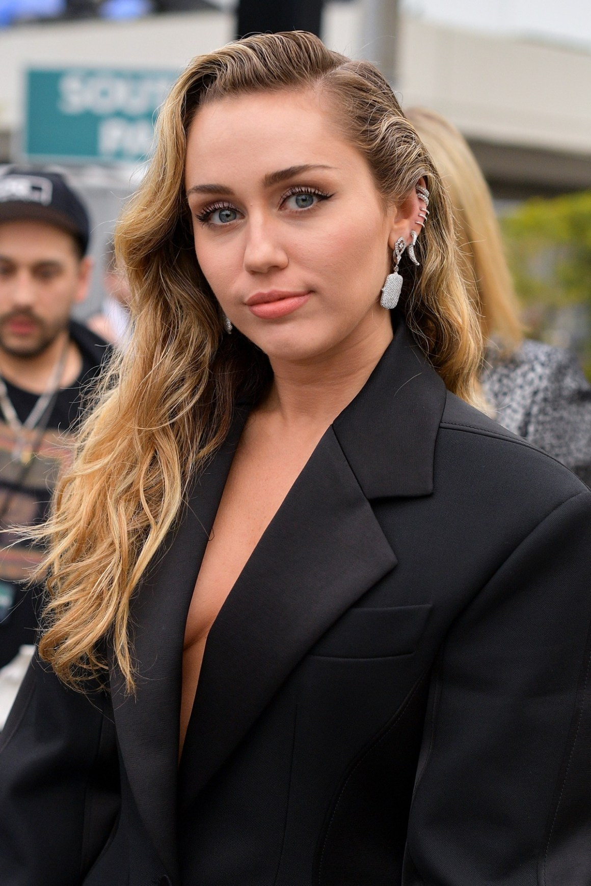 Miley Cyrus 61st Annual GRAMMY Awards - Red Carpet