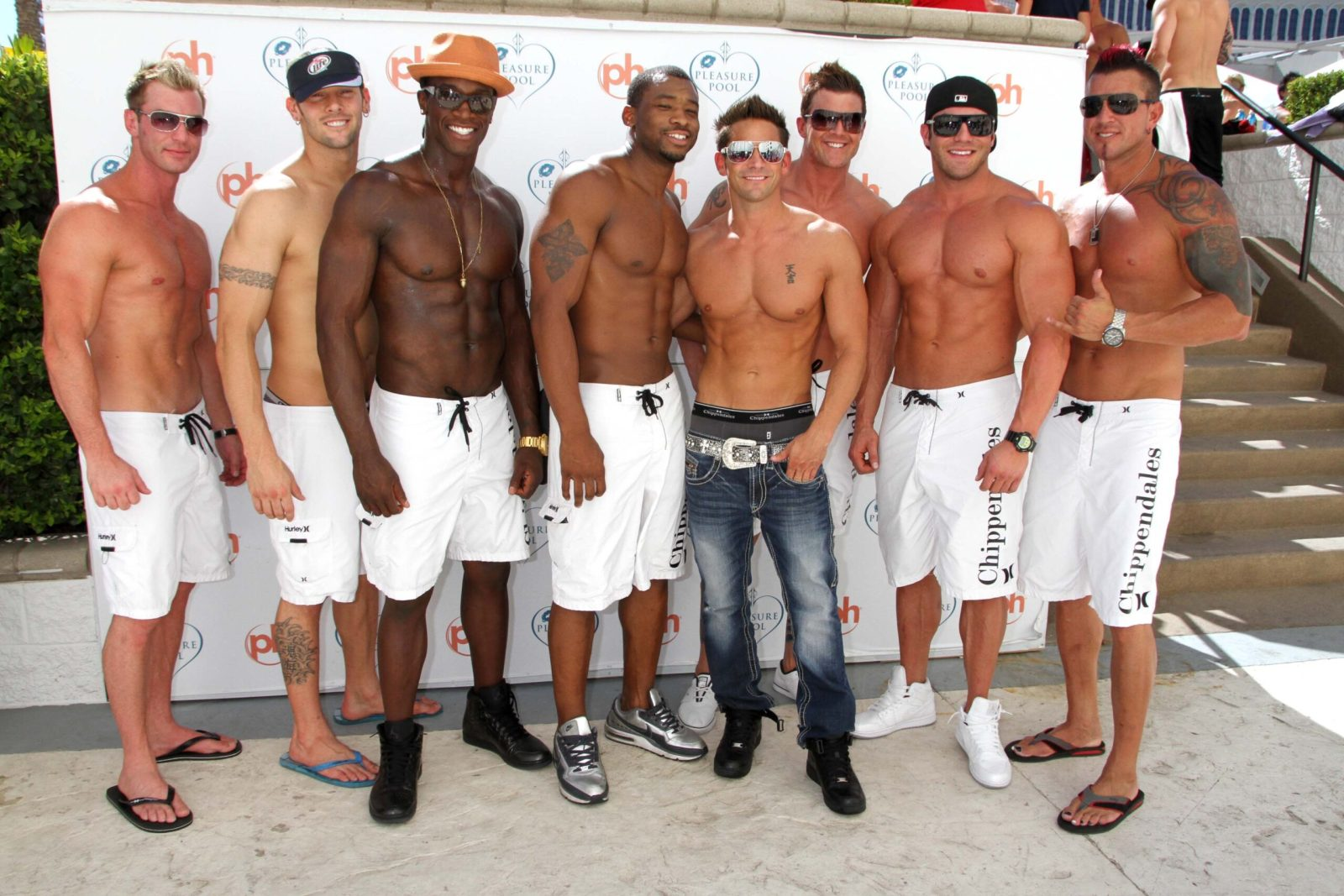 Jeff Timmons and the Chippendales Host the 'Pleasure Pool Bikini Contest'