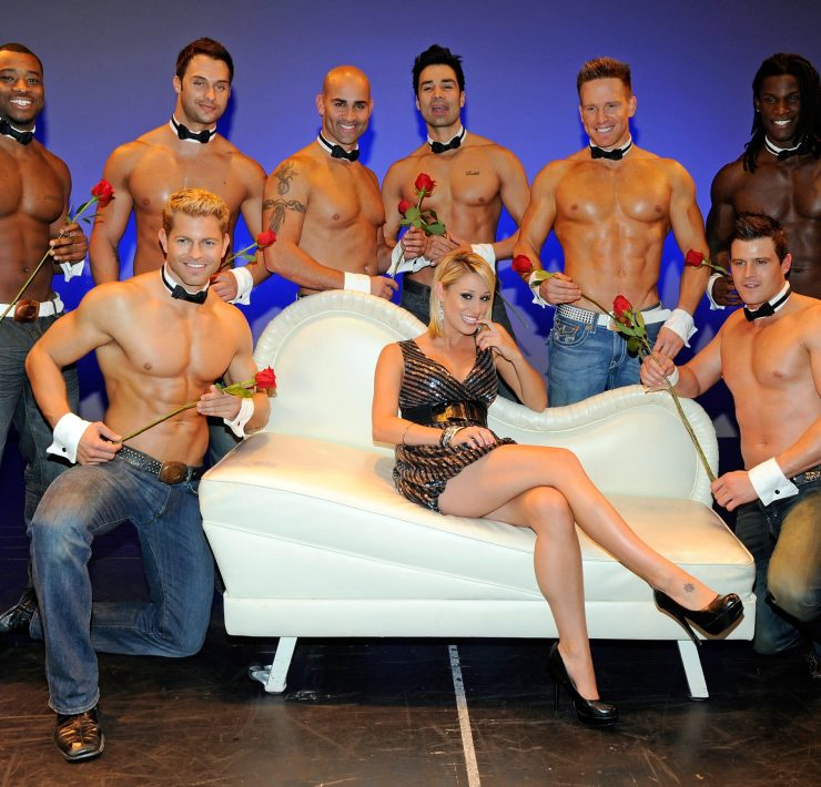 """Vienna Girardi Hosts """"The Ultimate Girls Night Out!"""" At Chippendales"""