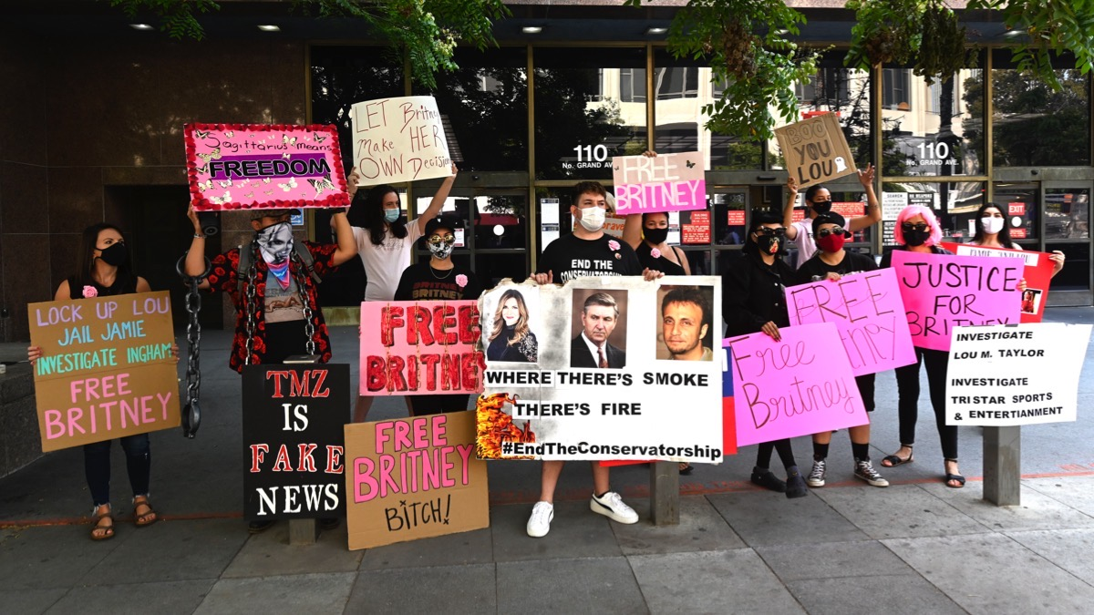 Britney Spears #FreeBritney Protest Outside Los Angeles Courthouse
