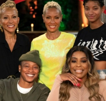 Jada Pinkett Smith and Willow Smith Red Table Talk with Niecy Nash