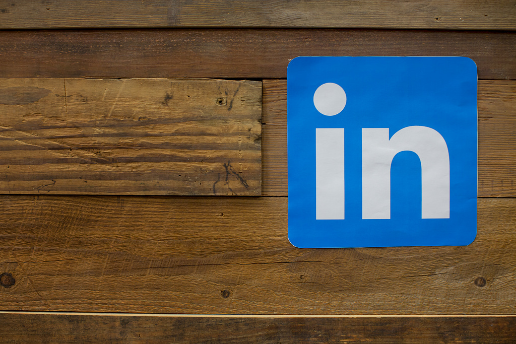 Use These Tips to Crack LinkedIn's Algorithm and Generate More Leads