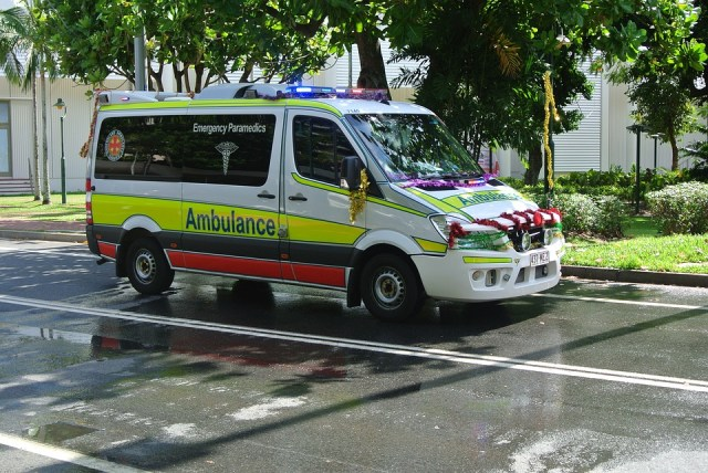 1990: The Indian Ambulance Controversy on Social Media