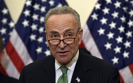 Chuck Schumer supports legislation against ringless voicemail