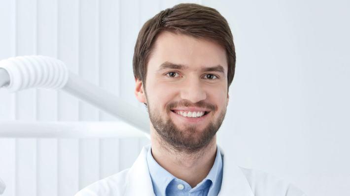 Dr. Tom Neville