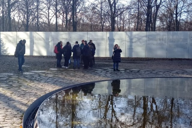 Why was there a wall between East and West Germany and not one between the North and the South? Deliberating Discrimination, Antisemitism, Racism, Sexism, Homophobia in Volatile Schools in Hamburg
