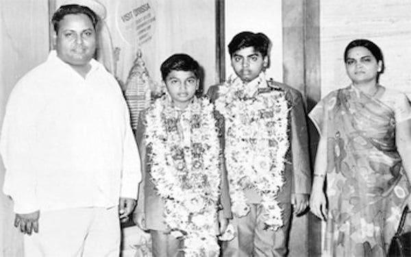Dhirubhai ambani young photo