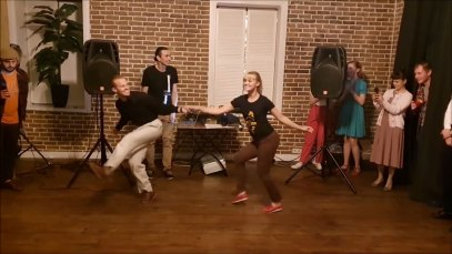 thumb—Sondre-and-Tanya—dance-impro