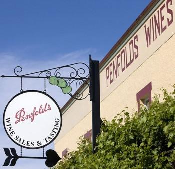 Penfolds_Barossa_Valley_Cellar_Door_Sign_1
