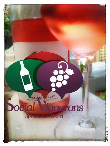 2015 Q Waitaki Valley Rosé, North Otago, New Zealand Wine Bottle glass front label Social Vignerons small