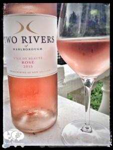 2015 Two Rivers L'ile de beaute rose, marlborough wine bottle front label social vignerons small