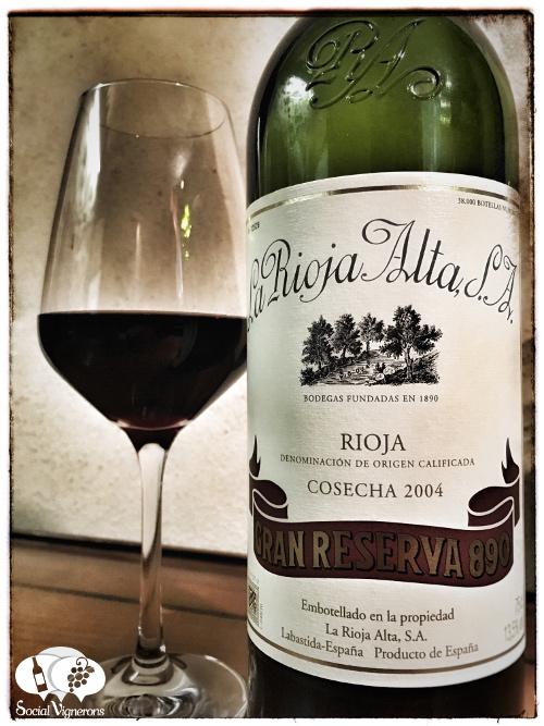 La Rioja Alta SA winery Gran Reserva 890 Tempranillo wine bottle glass front label social vignerons small