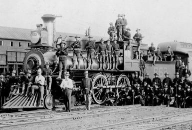 Armed Soldiers with Locomotive During the Pullman Strike. Source: Fotosearch/Getty Images