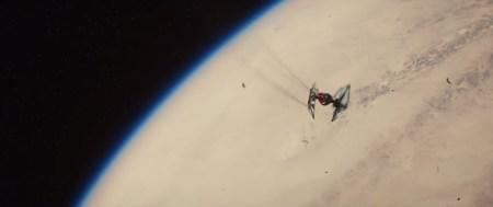 Star-Wars-7-Trailer-3-Finn-Tie-Fighter-Crash