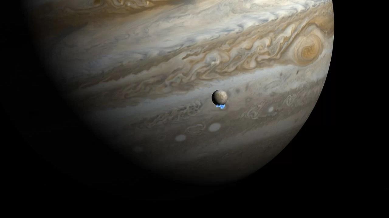 https://i1.wp.com/socientifica.com.br/wp-content/uploads/2018/02/Water_vapour_plumes_on_Jupiters_moon_Europa_artists_impression-1.jpg?resize=1280%2C720&ssl=1