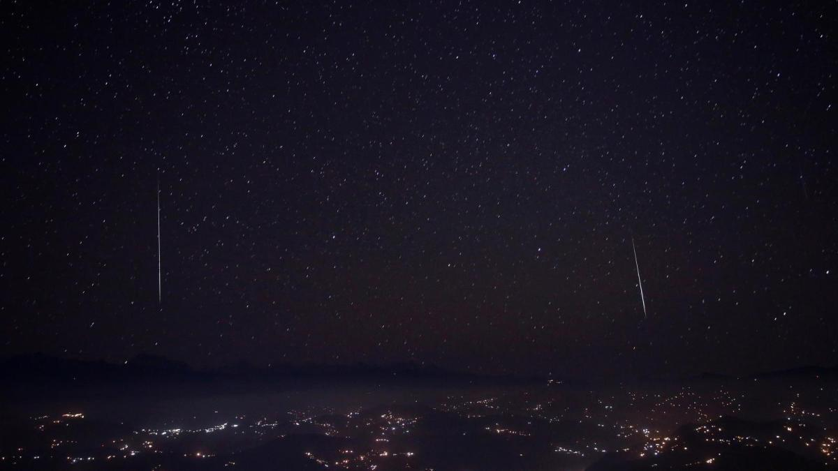 https://i1.wp.com/socientifica.com.br/wp-content/uploads/2019/04/meteor-shower-lyrids.jpg?fit=1200%2C675&ssl=1