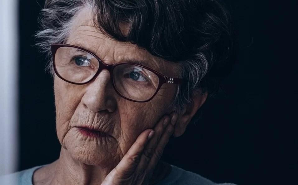 O bilinguismo pode retardar sintomas do Alzheimer