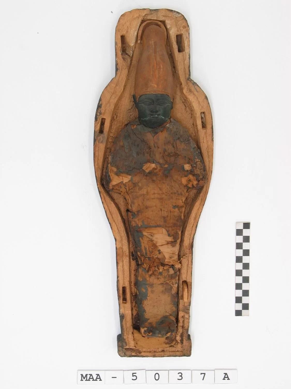 Conteúdo de sarcófago de múmias antigas