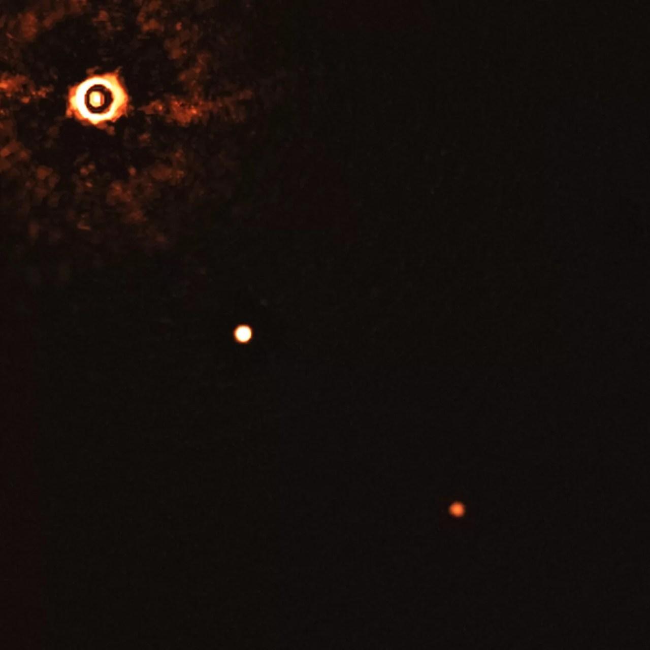 primeira imagem direta de planetas