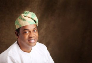 Donald Duke Joins Akin Shuga On Stage To Thrill Guests At Daughter's Wedding
