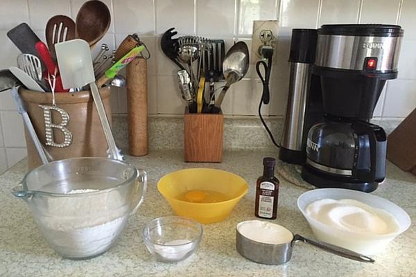White Texas Sheet Cake Blog ready