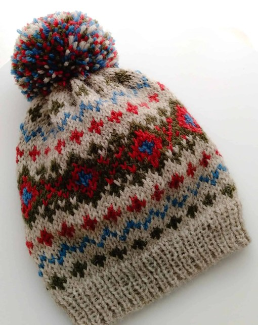 gorro revival by socksandco