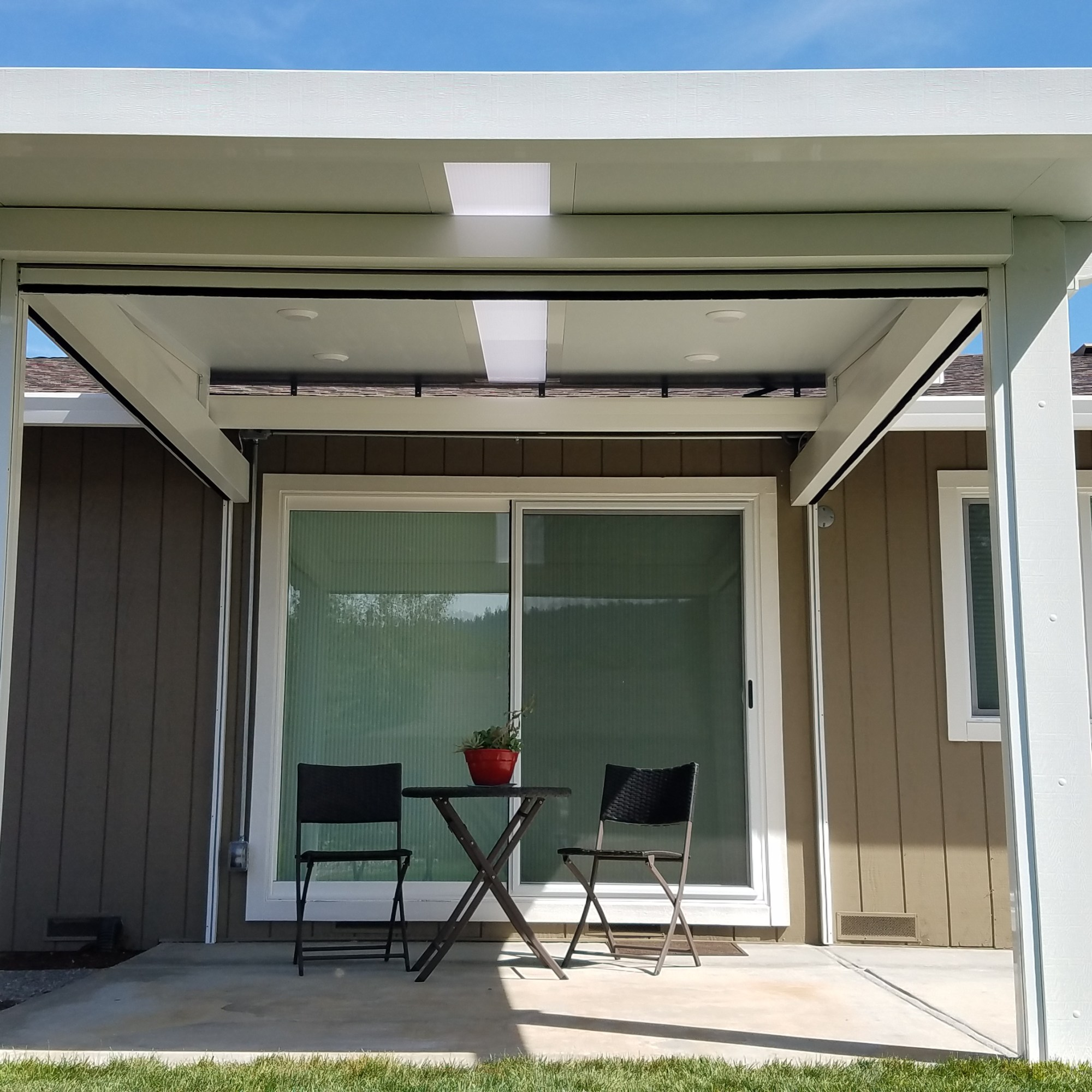Insulated Roof Patio Cover