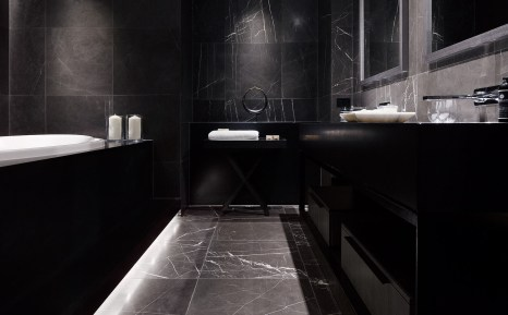 RedgenMathieson___Hotel_Realm_Lower_Suite_04