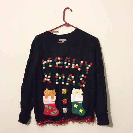 blogmas 2015, day 14, overly festive, ugly christmas jumpers, red and green, cats, meowy xmas