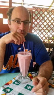 Another soda favourite, batidos (fruit, ice and milk whizzed up in a blender) are rather more exciting than the rice and beans. They are my favourite way of consuming Costa Rica's marvellous tropical fruit bounty.