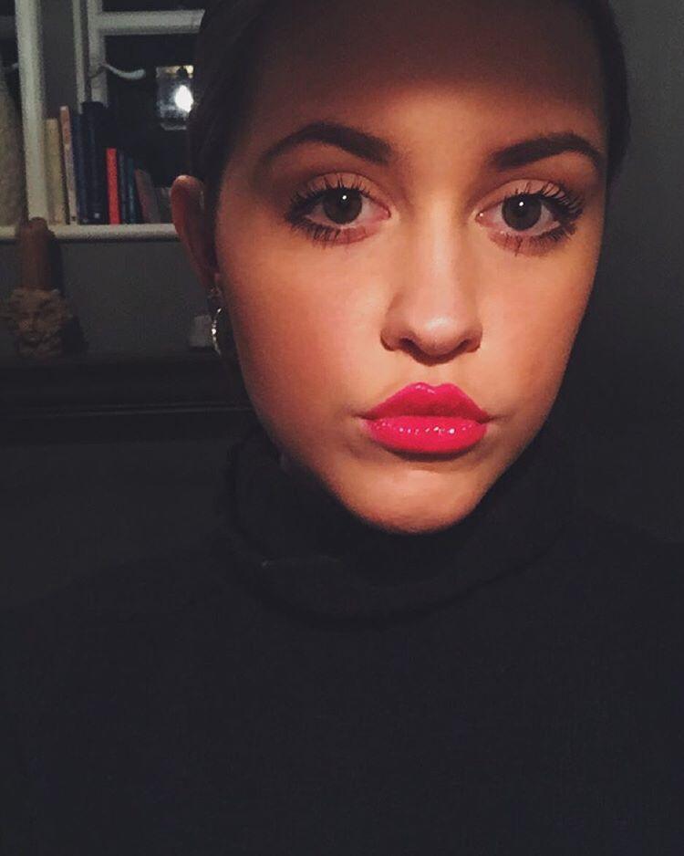 #Introducing - Elle Watson - Body - Sodwee.com