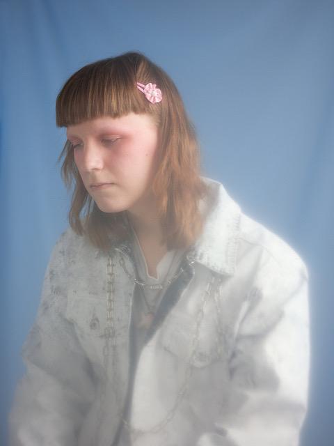 Knife Girl - Give It 2 Yu - Metro - Sodwee.com