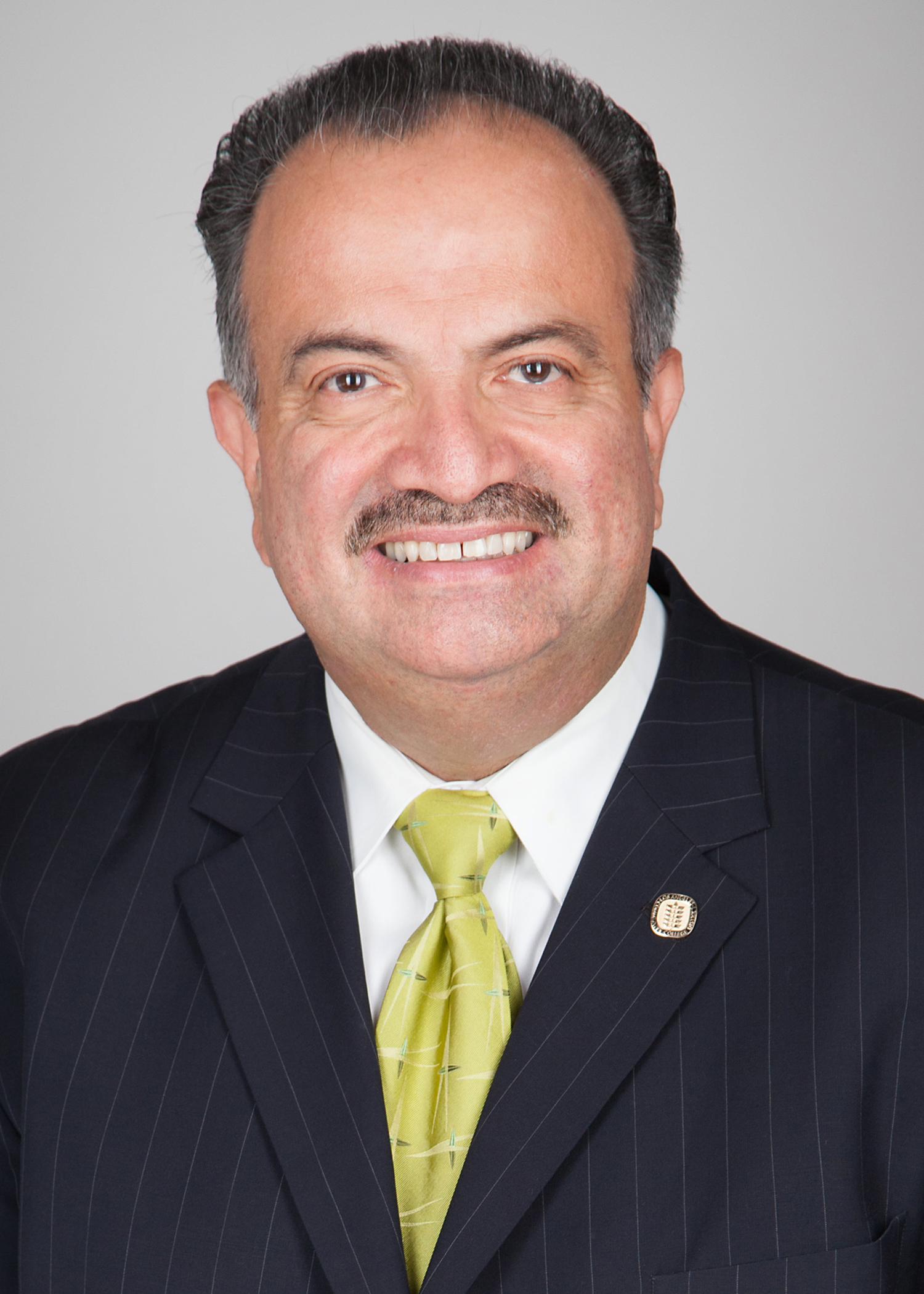 Francisco Rodriguez - LMU SOE Names L.A. Community College District's Francisco Rodriguez as Educator of the Year