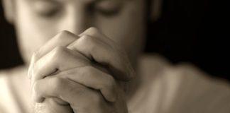 Devemos buscar o Pai em oração