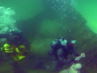 Video Air Force Dive School in Florida trains up Airmen and other military personnel to become combat divers. (Photo Airman 1st Class Tybee Hurst, 30 Nov 2017).