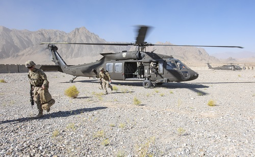 Advisors with the 1st SFAB in Afghanistan exit UH-60 Black Hawk helicopters during a routine fly-to-advise mission at FOB Altimur on Sep 9, 2018. Photo by Sean Kimmons.