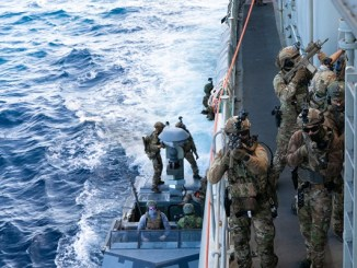 Naval SOF Train in Mediterranean Sea