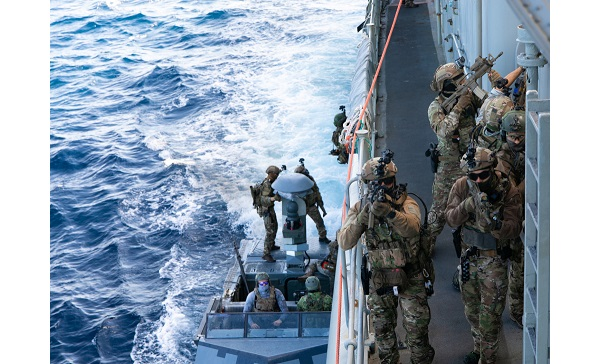 Naval SOF Train in Mediterranean Sea