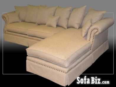 Rolled Arm Sectional with Chaise End