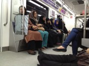 жіночі вагони в метро