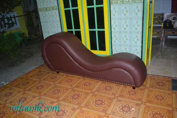 alat bantu wanita dan pria, Sofa Indonesia, Sofa Malaysia, Jual Kursi Santai, Jual Sofa Santai, Kursi Untuk Bercinta, Sofa Untuk Bercinta, Sofa Cinta, Sofa Romantis