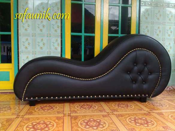 sofa love, loveseat sofa, chair love, making love chair, kursi cinta, kursi santai, sofa santai, sofa tantra, sofa sex murah