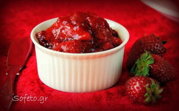 Μαρμελάδα φράουλας με βανίλια αλά Sofeto , χωρίς ζάχαρη και με λίγο βράσιμο!
