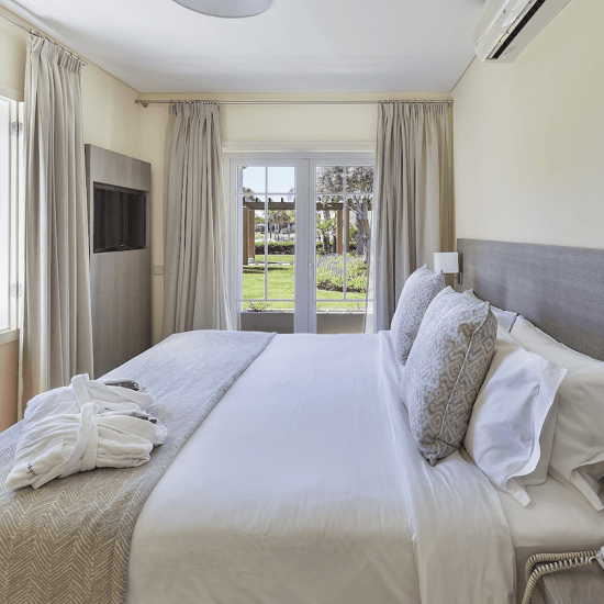 Lake Resort Hotel – Quarto | Bedroom