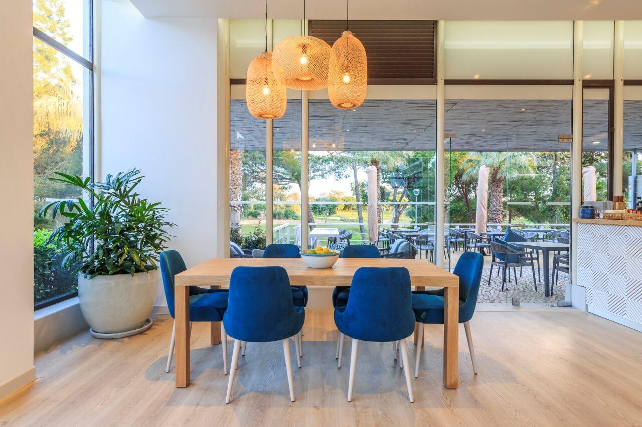 Noa Café - Interior