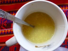 Quenoa-drink with apple and canela.... soooooo gooooooood...