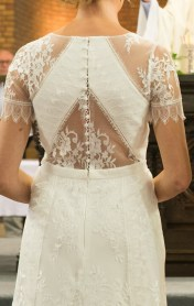 Rug van trouwkleed
