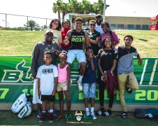 145 - USF Spring Game 2018 - USF RB Duran Bell with Family by Dennis Akers | SoFloBulls.com (4591x3673)