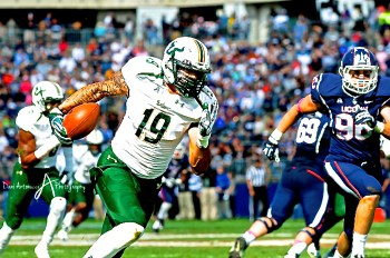 Post-UConn Rehashing Rant | Aaron Lynch Returns fumble for TD | SoFloBulls.com by Matthew Manuri |