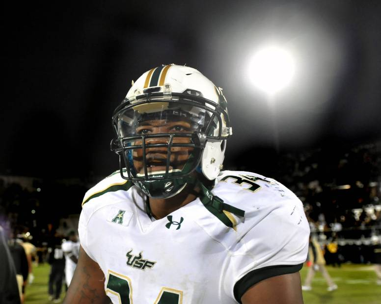 LB Devekeyan 'DeDe' Lattimore during USF vs UCF 2013 | SoFloBulls.com |